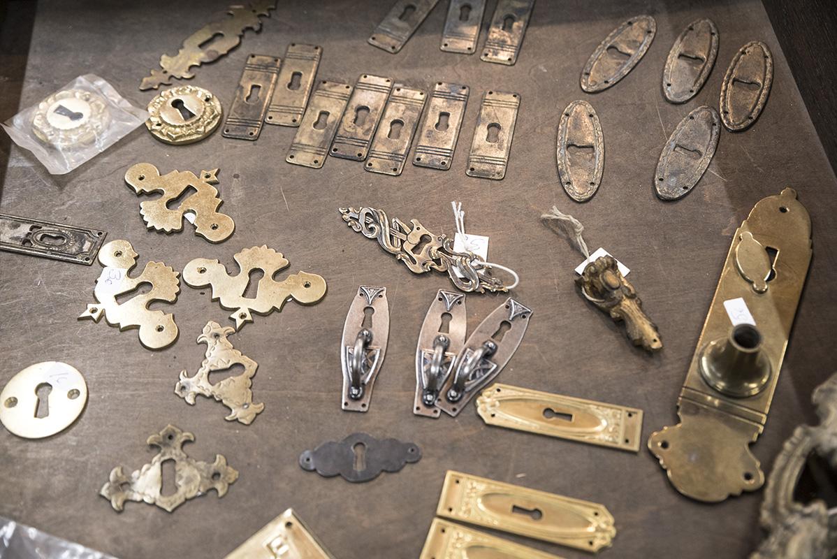 Vanhanaikaisia avainkilpiä eri aikakausilta